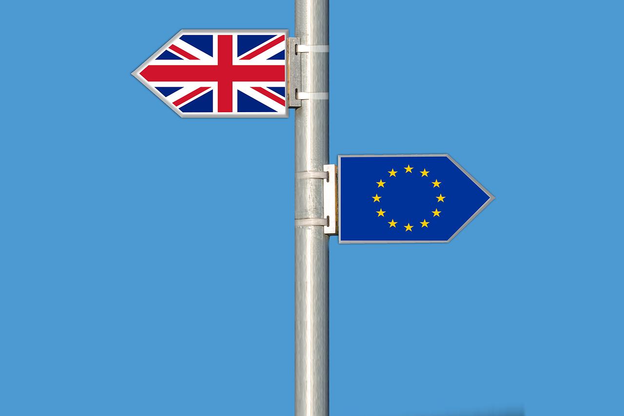 Premierministeren er gået af, Brexit er i gang – hvordan vil det gå?