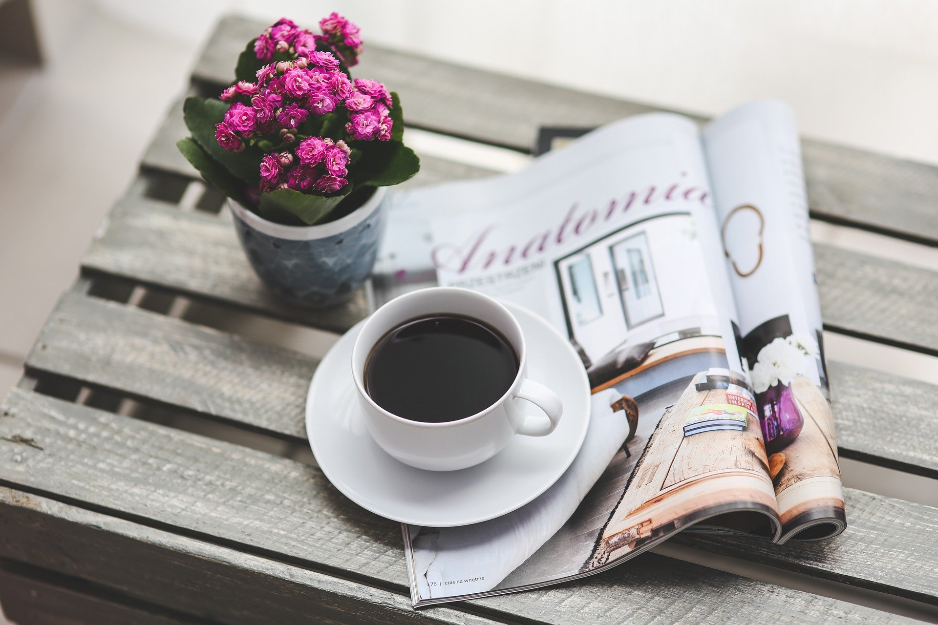 Avis og kaffe